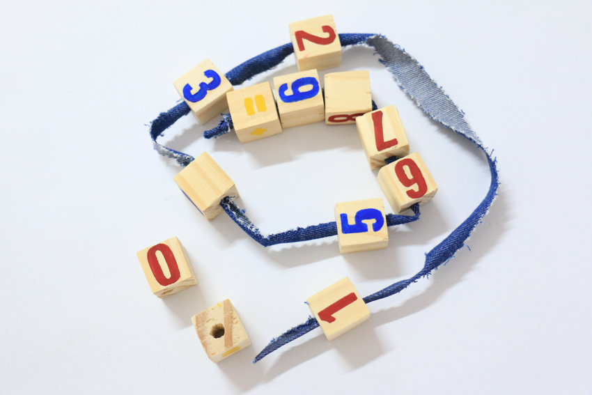 Bloques de números y signos (Herramientas pedagógicas sustentables)